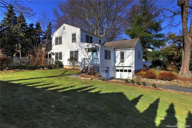 110 South Street, Fairfield, CT 06824 (MLS #170381008) :: Spectrum Real Estate Consultants