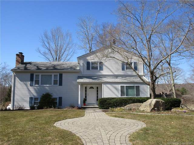 33 Wayne Drive, East Lyme, CT 06333 (MLS #170382419) :: Around Town Real Estate Team