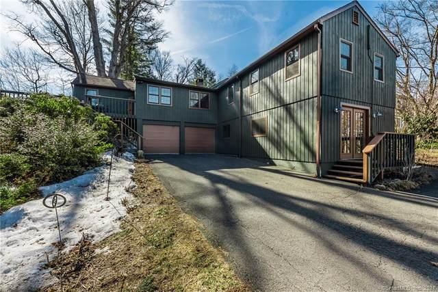 19 Wendover Road, Newtown, CT 06470 (MLS #170382561) :: Spectrum Real Estate Consultants