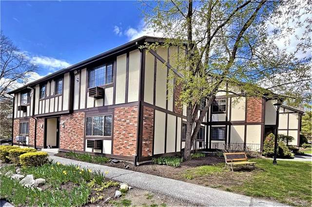 15 Andover Court #15, Brookfield, CT 06804 (MLS #170383319) :: Next Level Group