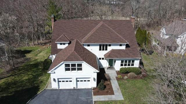 11 Sherwood Farms Lane, Westport, CT 06880 (MLS #170383547) :: Tim Dent Real Estate Group