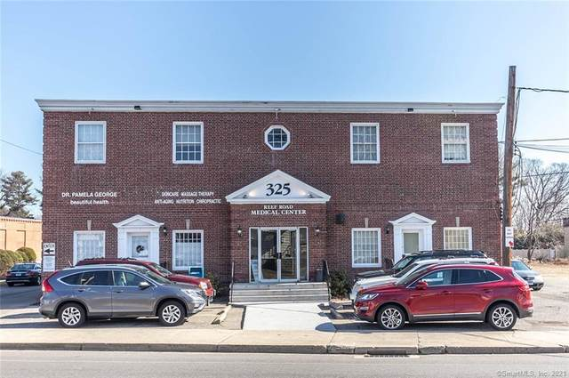 325 Reef Road, Fairfield, CT 06824 (MLS #170383576) :: The Higgins Group - The CT Home Finder