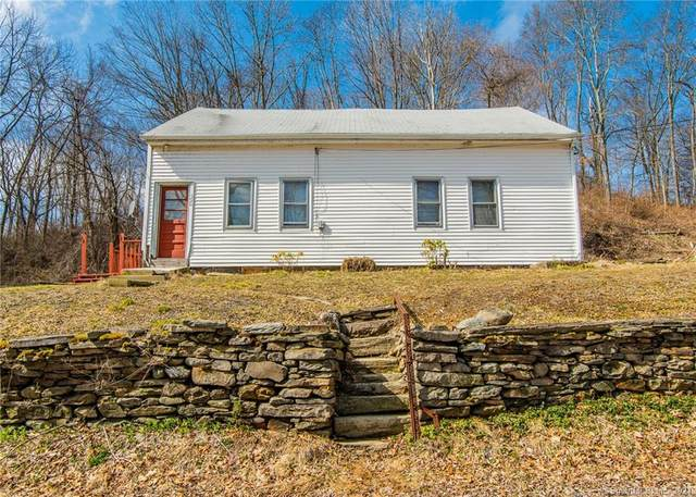 590 Valley Road, Killingly, CT 06241 (MLS #170384163) :: Spectrum Real Estate Consultants