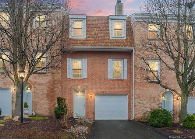 10 Kingswood Drive #10, Bethel, CT 06801 (MLS #170384284) :: Kendall Group Real Estate | Keller Williams
