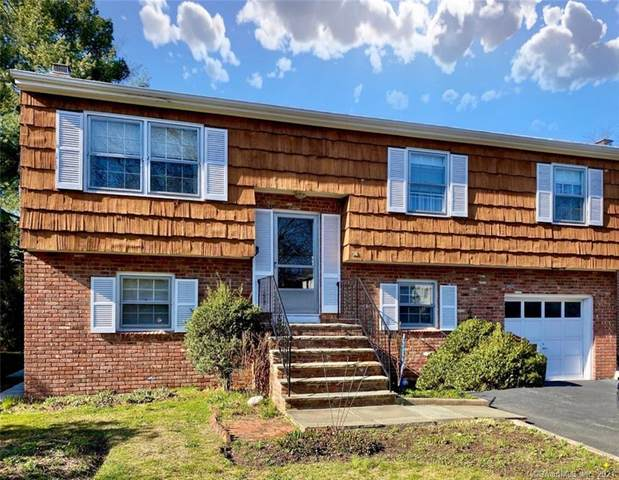 36 Auldwood Road, Stamford, CT 06902 (MLS #170385000) :: Spectrum Real Estate Consultants