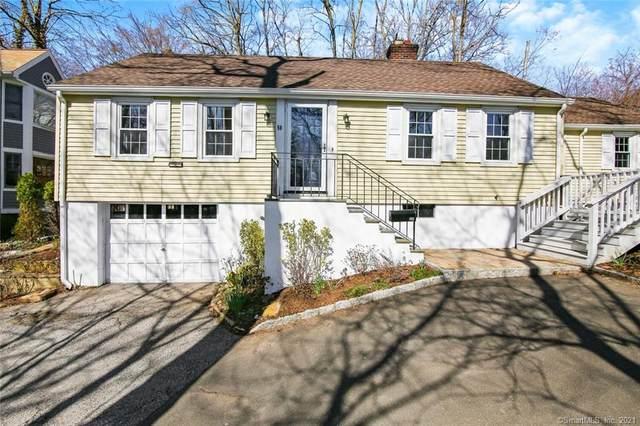 50 Laddins Rock Road, Greenwich, CT 06870 (MLS #170385531) :: Spectrum Real Estate Consultants