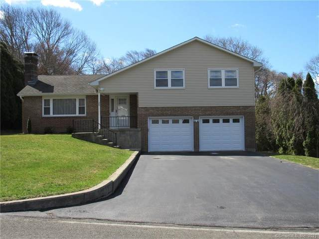 28 Colonial Drive, Waterford, CT 06385 (MLS #170385614) :: The Higgins Group - The CT Home Finder