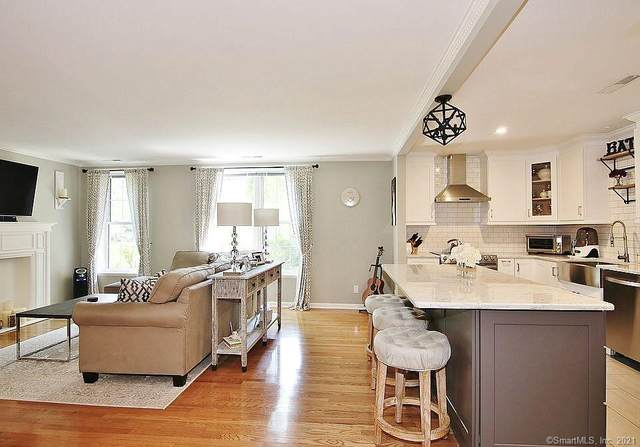 140 Field Point Road #9, Greenwich, CT 06830 (MLS #170385699) :: Kendall Group Real Estate | Keller Williams