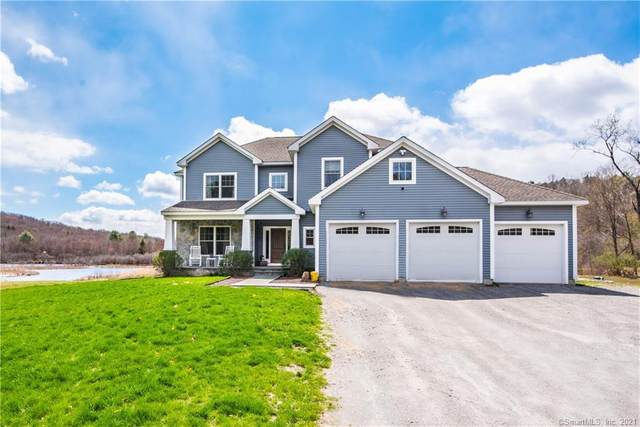 70 Oakwood Drive, Harwinton, CT 06791 (MLS #170385927) :: Michael & Associates Premium Properties | MAPP TEAM