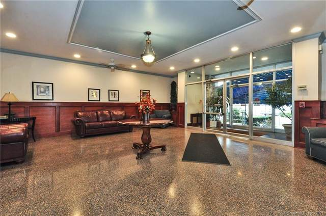 39 Glenbrook Road 2W, Stamford, CT 06902 (MLS #170386077) :: Michael & Associates Premium Properties | MAPP TEAM