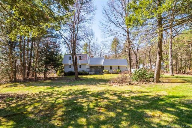 23 Banbury Drive, Simsbury, CT 06092 (MLS #170386610) :: The Higgins Group - The CT Home Finder