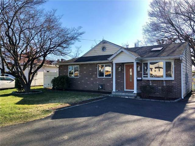 26 Oxford Court, Stamford, CT 06902 (MLS #170387459) :: Forever Homes Real Estate, LLC