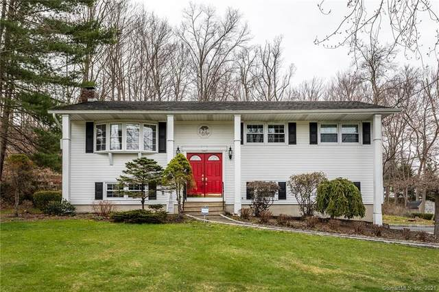 23 Indian Hill Road, New Fairfield, CT 06812 (MLS #170387588) :: Kendall Group Real Estate | Keller Williams