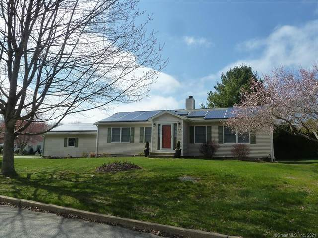 52 Hickory Lane, Waterford, CT 06385 (MLS #170387662) :: The Higgins Group - The CT Home Finder