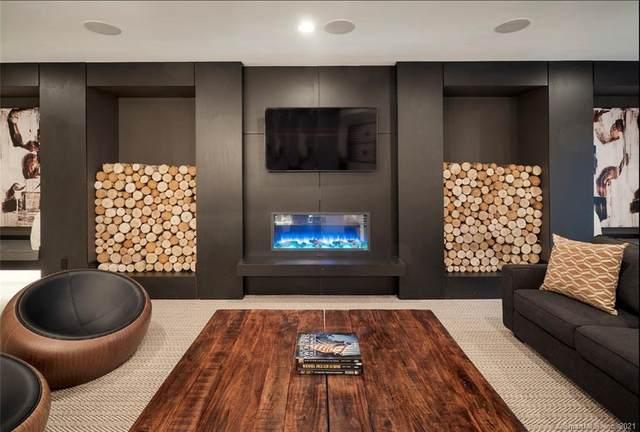 11 Brentwood Circle #91, Danbury, CT 06801 (MLS #170388189) :: Spectrum Real Estate Consultants