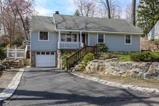 10 Possum Lane, Norwalk, CT 06854 (MLS #170388610) :: Around Town Real Estate Team
