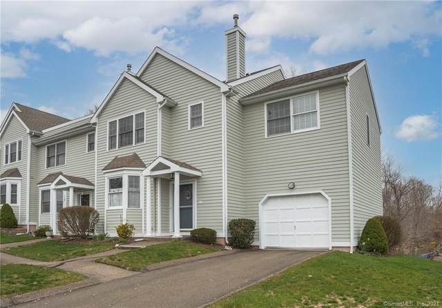 6 Cypress Lane #5, Wallingford, CT 06492 (MLS #170389044) :: Carbutti & Co Realtors