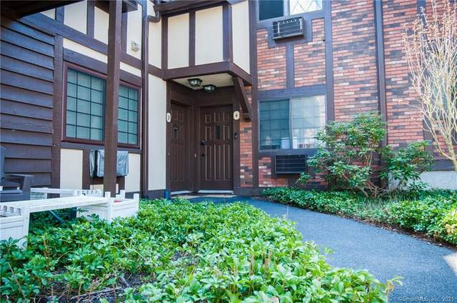 3 Chelsea Court, Brookfield, CT 06804 (MLS #170389333) :: Around Town Real Estate Team