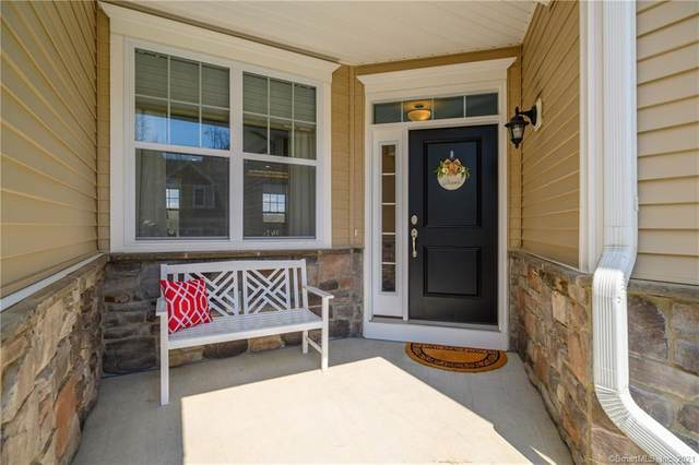 67 Winding Ridge Way #67, Danbury, CT 06810 (MLS #170389503) :: Spectrum Real Estate Consultants