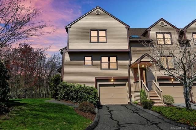 11 Rockview Circle #11, Monroe, CT 06468 (MLS #170389662) :: Around Town Real Estate Team