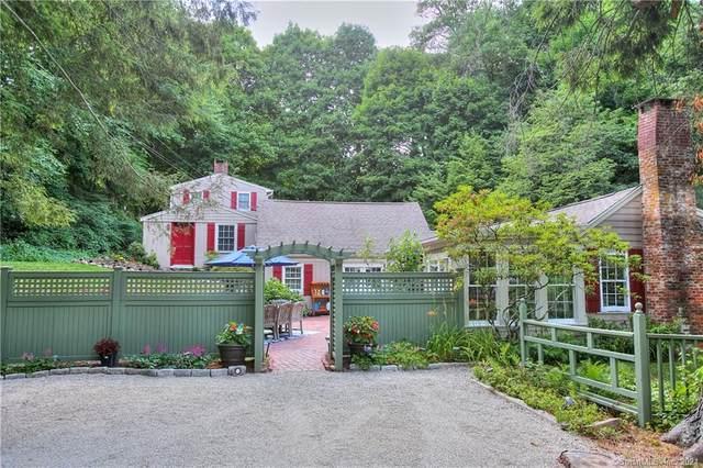 181 Wilton Road, Westport, CT 06880 (MLS #170389758) :: Frank Schiavone with William Raveis Real Estate