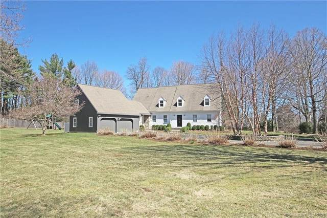 26 Oak Knoll Road, Ridgefield, CT 06877 (MLS #170390147) :: Around Town Real Estate Team