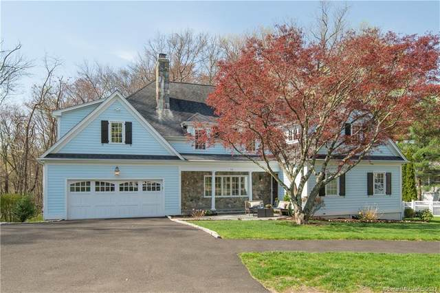 90 Southwood Drive, New Canaan, CT 06840 (MLS #170390188) :: Next Level Group