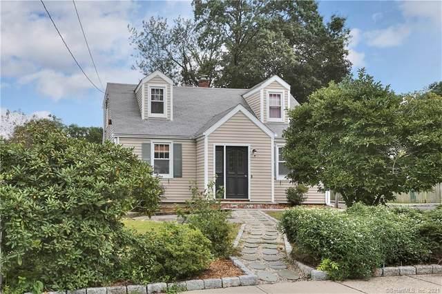 17 Ambler Drive, Norwalk, CT 06851 (MLS #170390322) :: Frank Schiavone with William Raveis Real Estate
