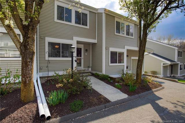 17 Eagle Rock Hill #17, Bethel, CT 06801 (MLS #170390798) :: Around Town Real Estate Team