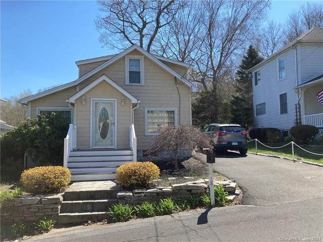 18 Hill Road, East Lyme, CT 06357 (MLS #170390900) :: Around Town Real Estate Team