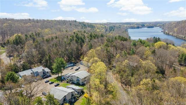 16 Wauwinet Court #16, Guilford, CT 06437 (MLS #170391733) :: Carbutti & Co Realtors