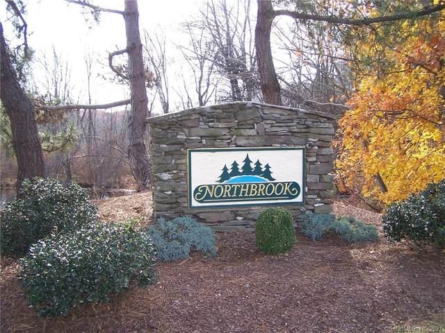 2 Fallsbrook Circle #2, Monroe, CT 06468 (MLS #170391739) :: Around Town Real Estate Team