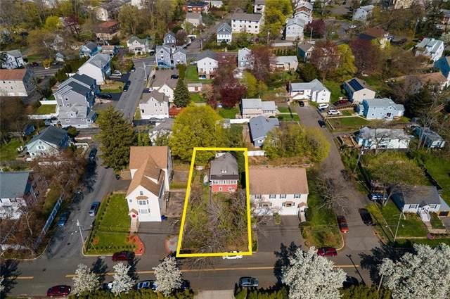 404 Castle Avenue, Fairfield, CT 06825 (MLS #170391982) :: Michael & Associates Premium Properties | MAPP TEAM