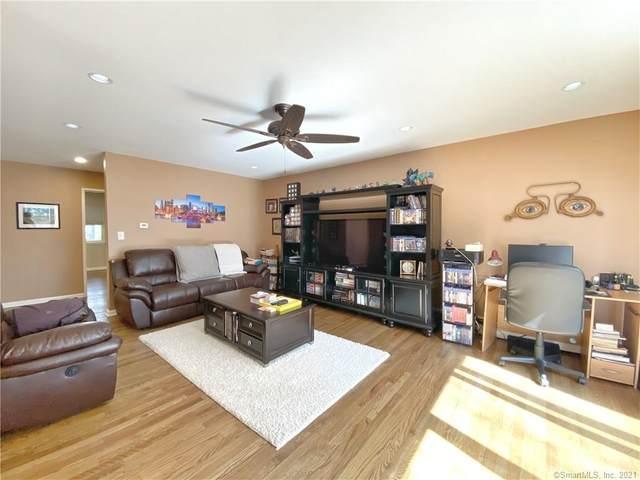 208 Flax Hill Road #37, Norwalk, CT 06854 (MLS #170392019) :: Michael & Associates Premium Properties | MAPP TEAM
