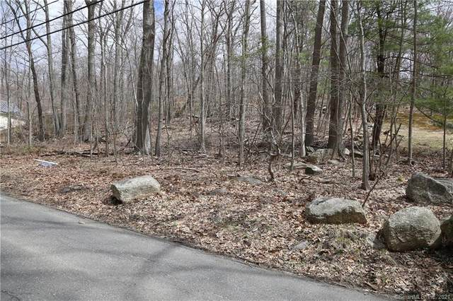 22 Rocky Hill Road, New Fairfield, CT 06812 (MLS #170392808) :: Frank Schiavone with William Raveis Real Estate