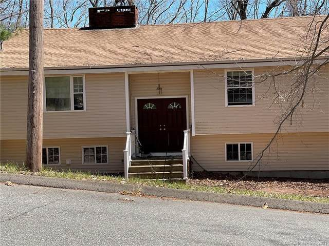 35 Oak Drive, Essex, CT 06409 (MLS #170393778) :: Spectrum Real Estate Consultants
