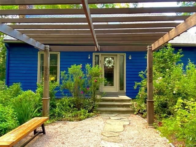 41 Ferry Road, Lyme, CT 06371 (MLS #170394009) :: GEN Next Real Estate
