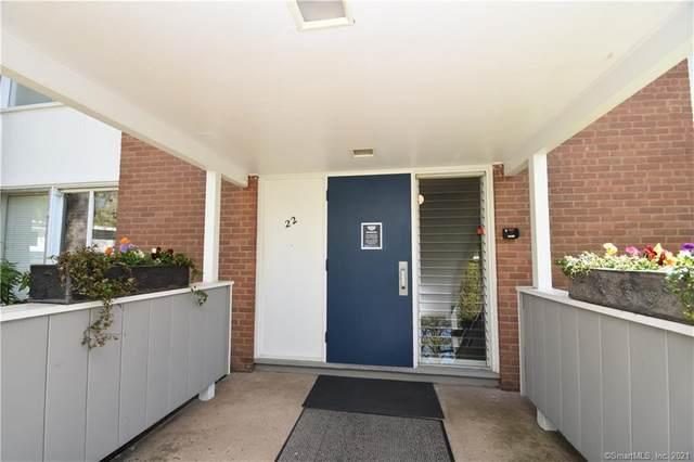22 N Lake Drive B1, Hamden, CT 06517 (MLS #170394561) :: Carbutti & Co Realtors