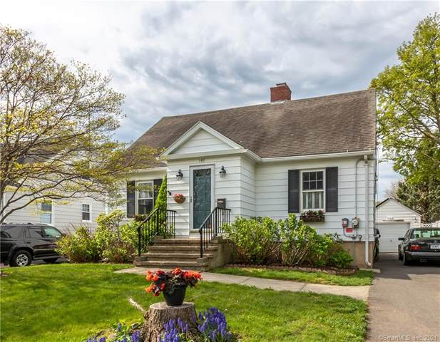 141 Seaside Avenue, Bridgeport, CT 06605 (MLS #170394757) :: Around Town Real Estate Team