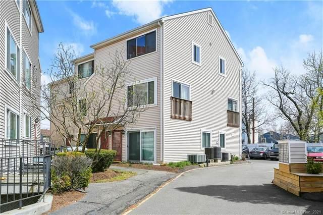 10 Fort Point Street #16, Norwalk, CT 06855 (MLS #170394927) :: Frank Schiavone with William Raveis Real Estate