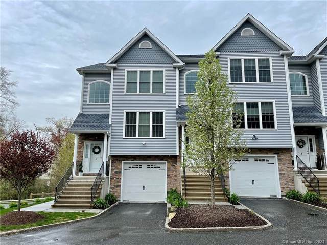2 Oak Branch Drive #904, Brookfield, CT 06804 (MLS #170395021) :: Around Town Real Estate Team