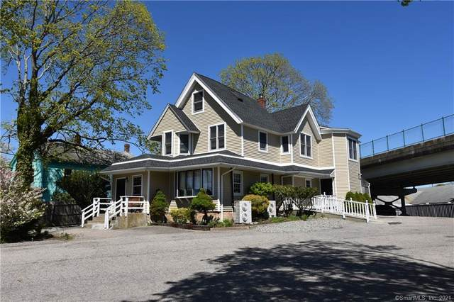 201 N Main Street, Stonington, CT 06378 (MLS #170395200) :: Linda Edelwich Company Agents on Main