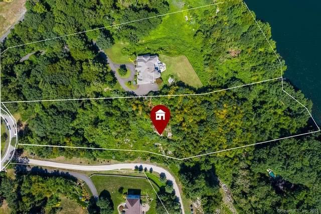 18 Shoreview Lane, Danbury, CT 06811 (MLS #170395726) :: Team Feola & Lanzante | Keller Williams Trumbull