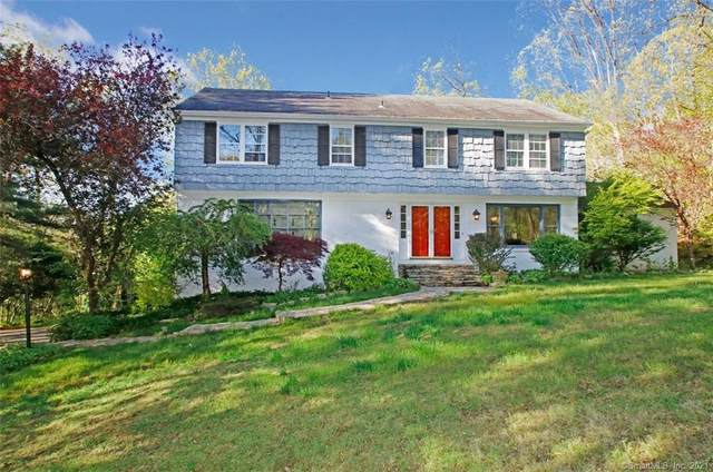 10 Stonewall Lane, Woodbridge, CT 06525 (MLS #170396068) :: Mark Boyland Real Estate Team