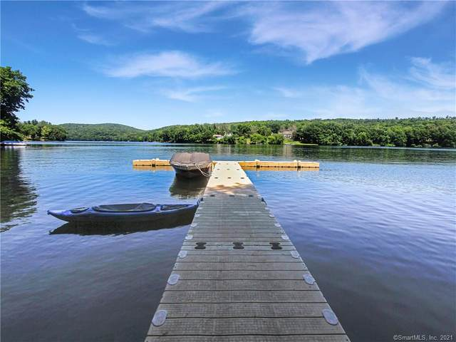 16 Hearthstone Drive #16, Brookfield, CT 06804 (MLS #170396441) :: Next Level Group