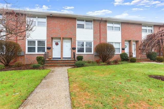 23 Willowbrook Court #23, Stamford, CT 06902 (MLS #170396854) :: Team Feola & Lanzante | Keller Williams Trumbull