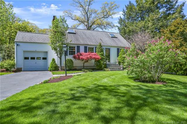 9 Flintlock Road, Norwalk, CT 06850 (MLS #170396908) :: Frank Schiavone with William Raveis Real Estate