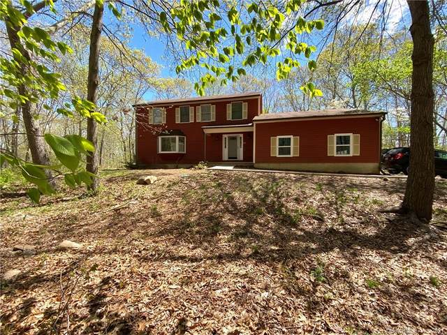3 Oak Hills Trail, Ledyard, CT 06339 (MLS #170396984) :: Around Town Real Estate Team