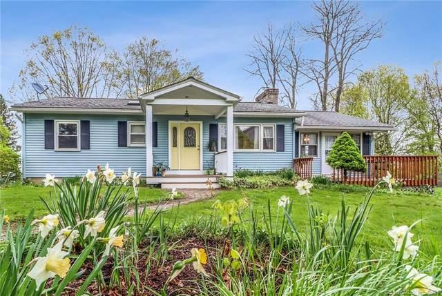 39 Candlewood Vista, New Milford, CT 06776 (MLS #170397131) :: Around Town Real Estate Team