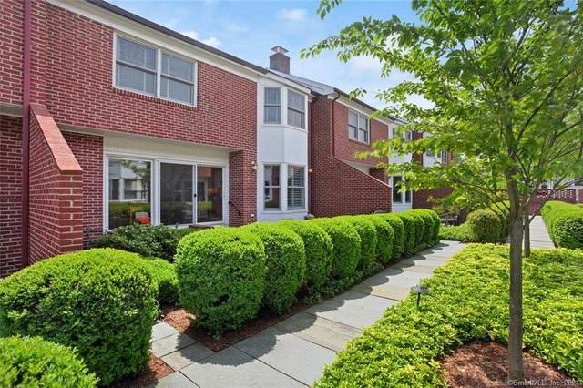 52 Sherwood Place #3, Greenwich, CT 06830 (MLS #170397157) :: Coldwell Banker Premiere Realtors